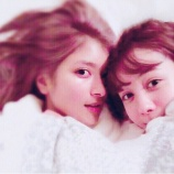 『【画像あり!】ローラとトリンドル玲奈のすっぴん2ショットが天使すぎる件wwwwwwwwwwwww』の画像