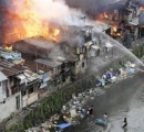 祝砲流れ弾で女児死亡、爆竹で手足切断は14件…恐ろしすぎるフィリピンの新年祝い(画像あり)