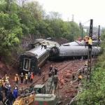 【動画】中国、湖南省で列車の脱線事故発生!5車両が横転、先頭車両は炎上! [海外]
