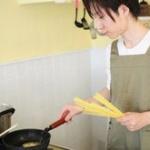 男性の4人に1人「週3日以上料理」若い人ほど高い傾向に!