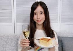 【朗報】『チーズケーキ食べたいbot』の中の人の正体wwwwwwwww