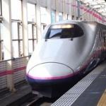 新幹線でガキ連れの若い夫婦に前後左囲まれた結果wwwwwwwwwww