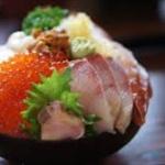 【悲報】ラブライブ公式が海鮮丼にとんでもない値段をつける www