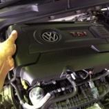 『m+エンジンオイル リアクター、Golf7/7.5 GTIおよびR への装着方法』の画像