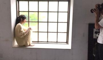 【乃木坂46】琴子が麗しすぎてなんでもないオフショットまでおとぎ話のワンシーンのよう【BOMB】