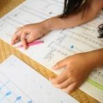 【音楽】ヒット曲の歌詞は小学校3年生レベル?  研究で明らかに