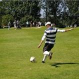 『サッカーとゴルフのコラボ!?「フットゴルフ」というスポーツの人気がじわじわ来てる 1/2』の画像