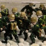 『100円ショップの商品で「進め!兵隊さん」を作って部屋に飾ろう…夏休みの宿題にもどうぞ!』の画像