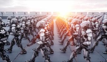 軍事産業が最もテクノロジーが進んでる分野だと仮定して、なぜ全自動化しないのかに着眼すると