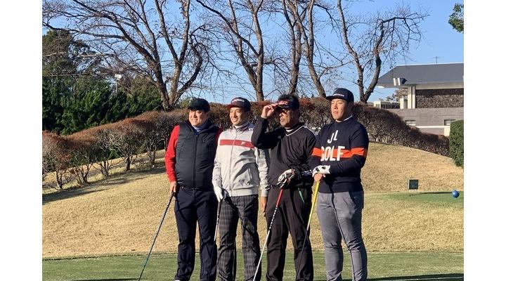 【 画像 】巨人・岡本、プロゴルファーになるw 【 巨人納会 】