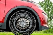 【パンクしません】タイヤの常識変わる? 米GMが「空気なし」タイヤ発表 ミシュランと共同開発