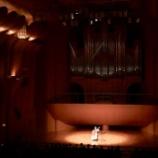 『川口リリア音楽ホールのパク・キュヒを撮った長澤直子作品』の画像