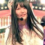 『【乃木坂46】黒髪の美しさ・・・ライブ中の久保史緒里が輝いてる・・・』の画像