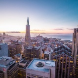 『年収75,000ドル(825万円)以上の人に質問!「アメリカで家を買うなら都心? それとも郊外?」』の画像
