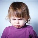 【画像】この女の子が何故怒ってるのか理解できない奴www
