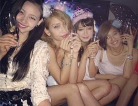 JJモデル、アイドリング20号の大川藍の誕生パーティーをご覧ください