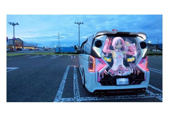 【画像】ラブライブの痛車、なんかもうすごい