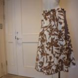 『DUAL VIEW(デュアルヴュー)ボタニカルブラッシュプリントスカート』の画像