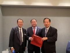 日本政府、1000人規模での訪韓を計画していることが発覚 ⇒ 既に韓国側には伝えてる模様wwwwww