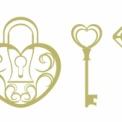 ハート型の鍵と錠のイラスト素材