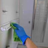 『《知っておきたい冷蔵庫の掃除術-見落としがちな庫内・外側の汚れの対処方法-》』の画像