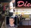 ビル・ゲイツがファーストフード店に並ぶ姿が激写される