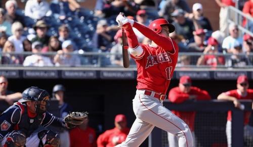 大谷翔平が打者10割デビュー、初安打など3打席全出塁【MLBファンの反応】