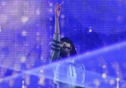 【朗報】乃木坂46「Sing Out!」、タワレコ年間チャート嵐に次いで2位に!!!!!