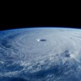 『【895hPa】台風2号(スリゲ)がヤバすぎる』の画像