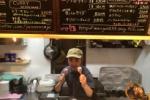 ご当地バーガーショップ『マリーゴールド』の骨付き肉がもらえる!~原始人お花見会は4/6(日)開催!~