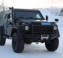爆風、弾丸も防ぐ…メルセデス Gクラス に最強の軍事モデル お前らの次の車が決まったな