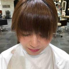サラッと下ろせて程よく透ける前髪☺︎