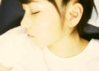 【AKB48】大島涼花が横山由依の寝顔を盗撮するwww