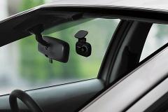 車にドライブレコーダー付けてそこら辺走った動画youtubeに投稿すると盛り上がる様だよ。