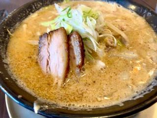 秋葉区美善にあるラーメン店『AKIHA 麺屋 粋翔(いっしょう)』で『AKIHA味噌白』と『力也と翔太』食べてみた。