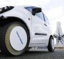 パンクなし 東洋ゴム 「空気なしタイヤ」 時速120キロ程度の高速走行可能に 他メーカーとの競争激化