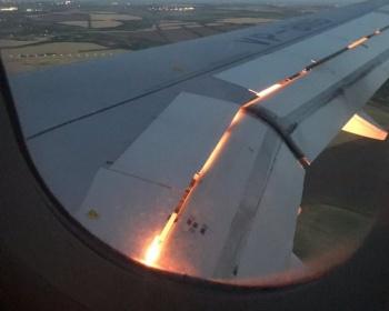 【ロシア・モスクワ飛行機炎上事故】原因と発生時の機内の様子がこちら(動画あり)