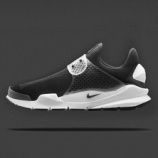 『直リンク更新 4/9 発売予定 Nike x fragment design Sock Dart SP 'Black'』の画像