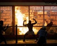 【悲報】アメリカの暴動、ゲーム化するwwwwwwwwwwww
