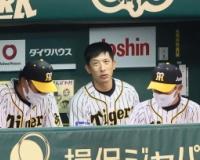 【朗報】矢野監督、来季も続投 押し寄せる困難を乗り越え貯金を維持する手腕を高く評価