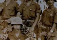 【閲覧注意?】この韓国軍人がぶら下げてるのってベトナム人の耳?