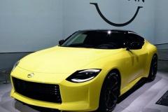 日産、「フェアレディZ」のレース仕様車を発売してブランドイメージ回復へ