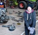 学校の課題で自宅の農場を掘ったら独名機Me109とパイロットの残骸が出てきた(゚∀゚)
