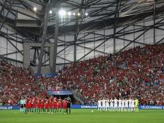 <EURO2016準々決勝>【 ポーランド×ポルトガル 】前半終了!開始早々にレヴァンドフスキが決めると、続いてレナト・サンチェスが決め、1-1で折り返す!