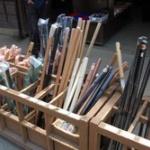 三大京都の修学旅行で買う品 「木刀」「八ツ橋」…
