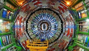 ヒッグス粒子とトップクォークの同時観測に世界で初めて成功、「質量」の起源の解明に一歩