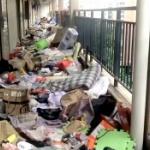 【動画】中国、また卒業生が退寮後の学生寮がゴミ溜めに!寮の廊下は足の踏み場もなし [海外]