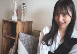 そこまで見る?! 乃木坂46「世界中の隣人よ」MV、金川紗耶の部屋の本棚・・・