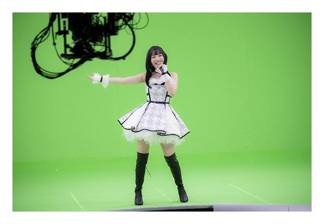【画像】神田沙也加さん(33)のアイドル衣装、クッソ可愛いwwwwww