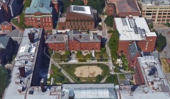 Googleearthで世界の大学を紹介する